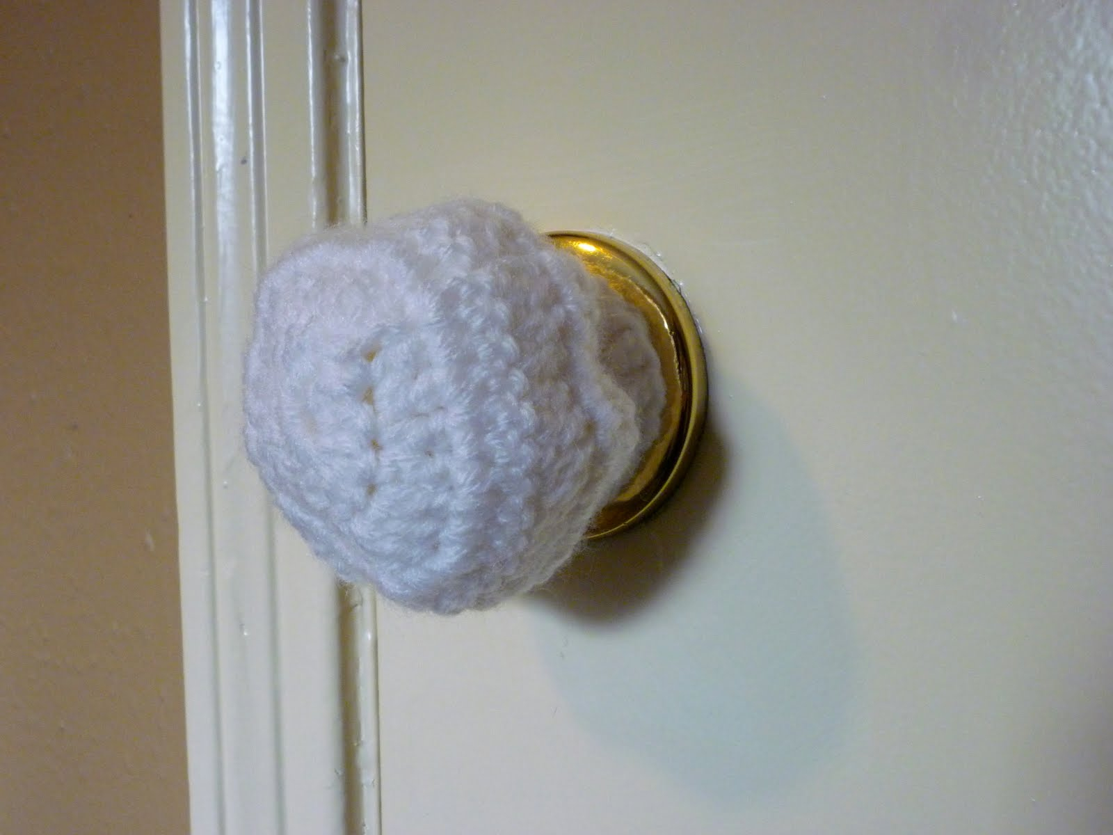 Craftyerin Toddler Proof Door Knob Cover Inside Dimensions 1600 X 1200