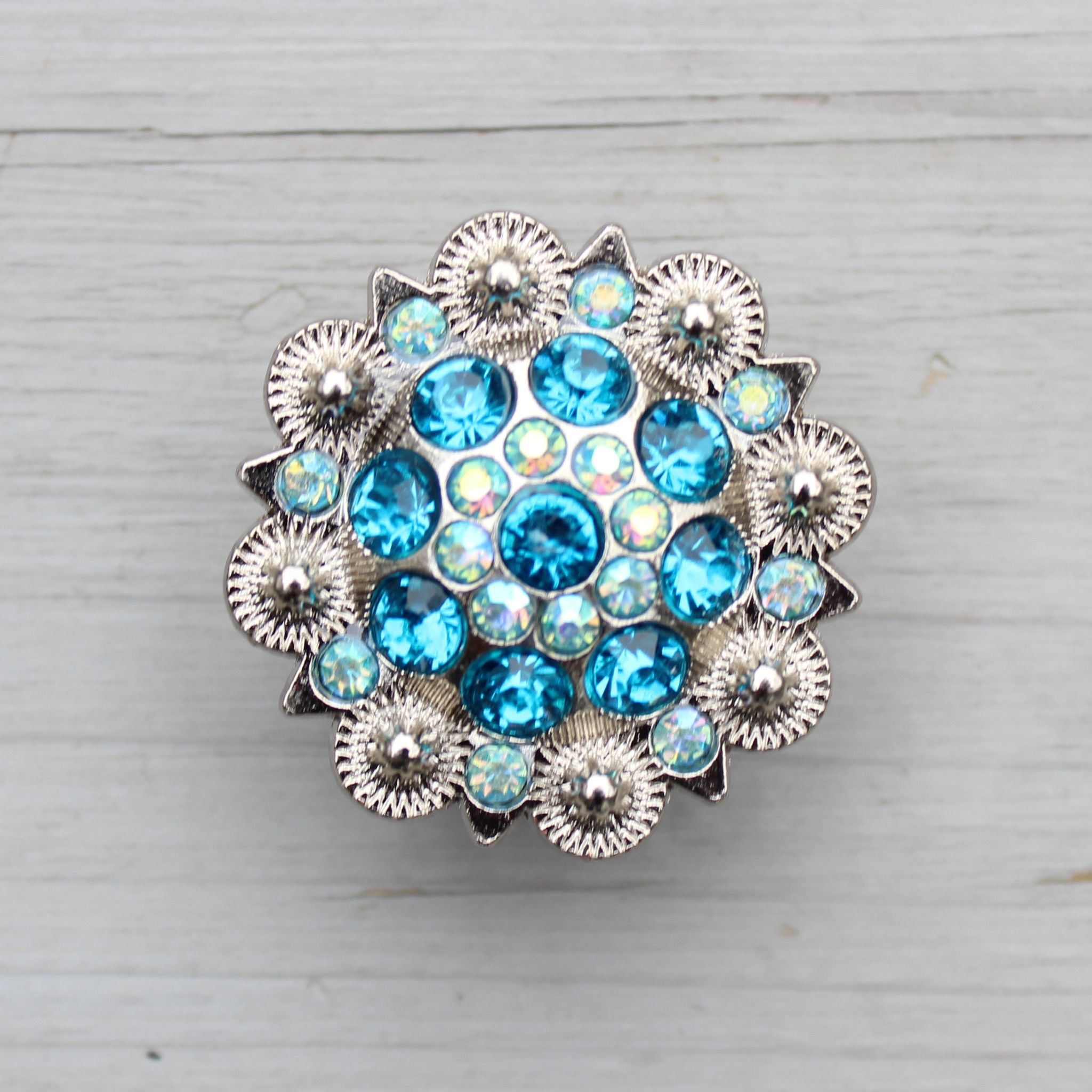 Crystal Drawer Knob With Turquoise And Light Blue Crystals With Regard To  Size 2048 X 2048