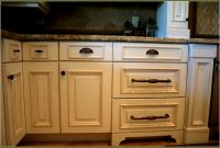 Kitchen Drawers Knobs Maribointelligentsolutionsco for dimensions 1214 X 814