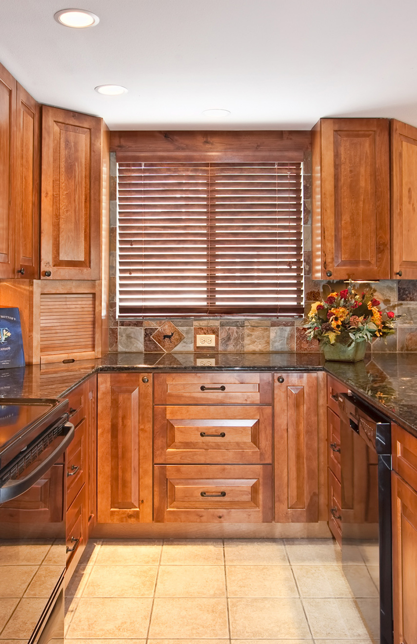 Kraftmaid Cabinet Finishes Maribointelligentsolutionsco Inside Proportions 855 X 1319