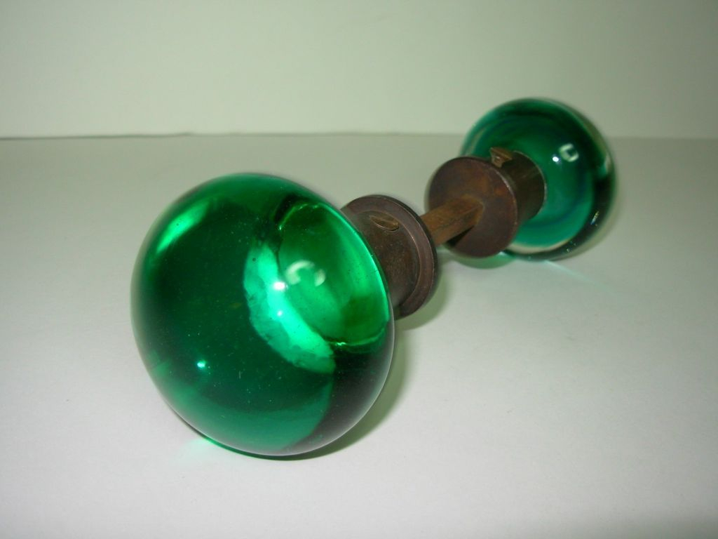 Pix For Antique Glass Door Knob Magical Stoppers And Knobs inside proportions 1024 X 768