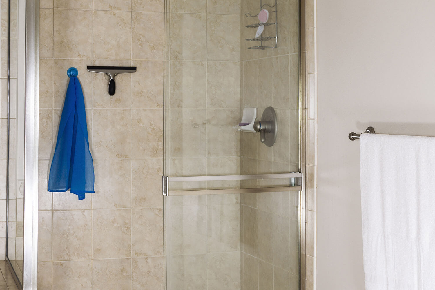 10 Best Shower Squeegees Top Brands Reviewed Mar 2019 intended for sizing 1500 X 1000