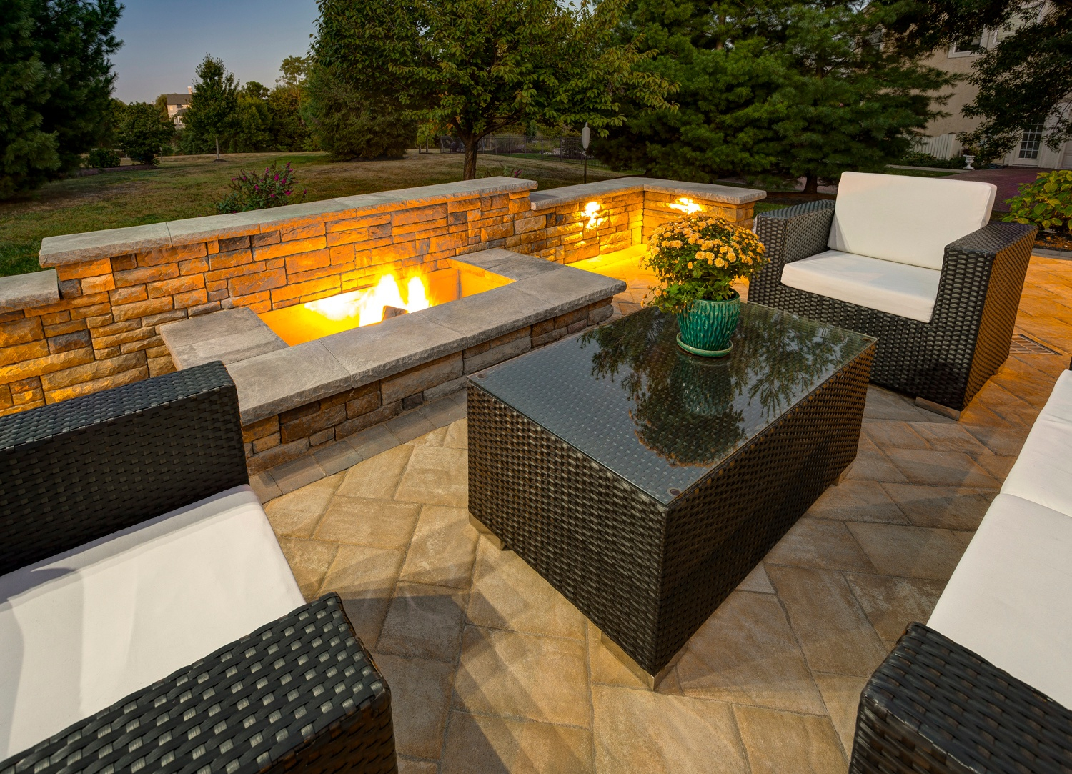 11 Of The Hottest Fire Pit And Outdoor Fireplace Ideas And Pictures intended for dimensions 1500 X 1083