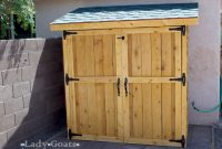Ana White Small Cedar Fence Picket Storage Shed Diy Projects intended for sizing 1050 X 750