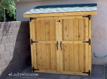Ana White Small Cedar Fence Picket Storage Shed Diy Projects with regard to proportions 1050 X 750