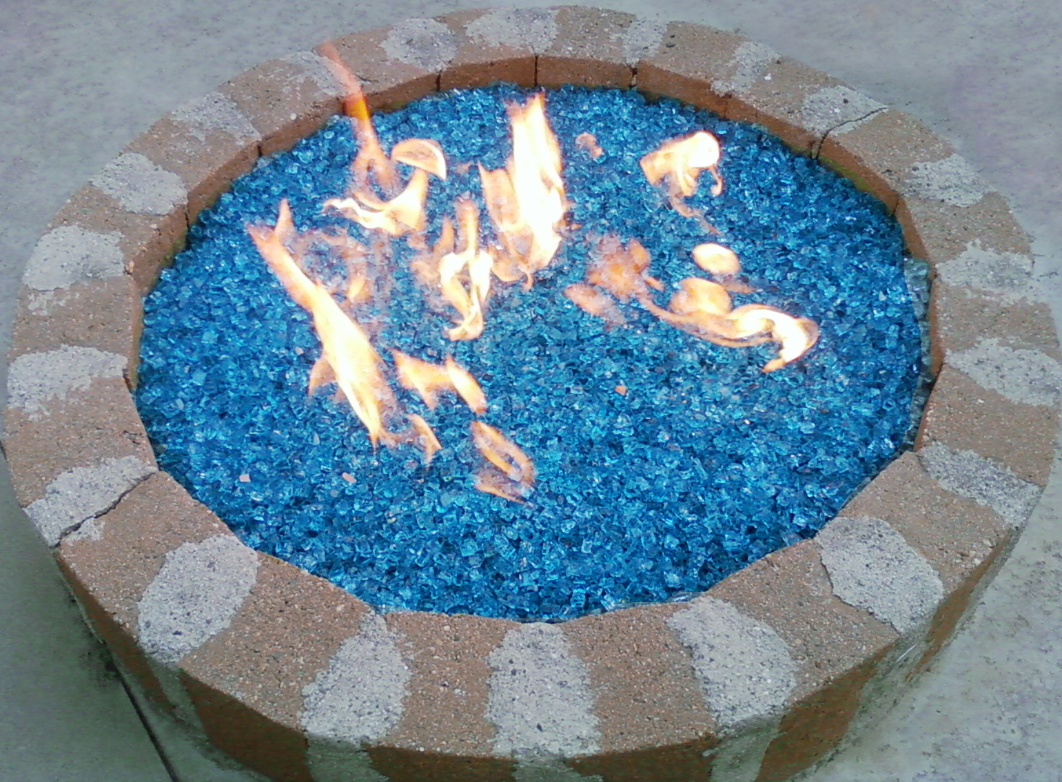 Bahama Blue Crystal Diamond Fire Pit Glass Fire Pit Glass Fire for measurements 1541 X 1135