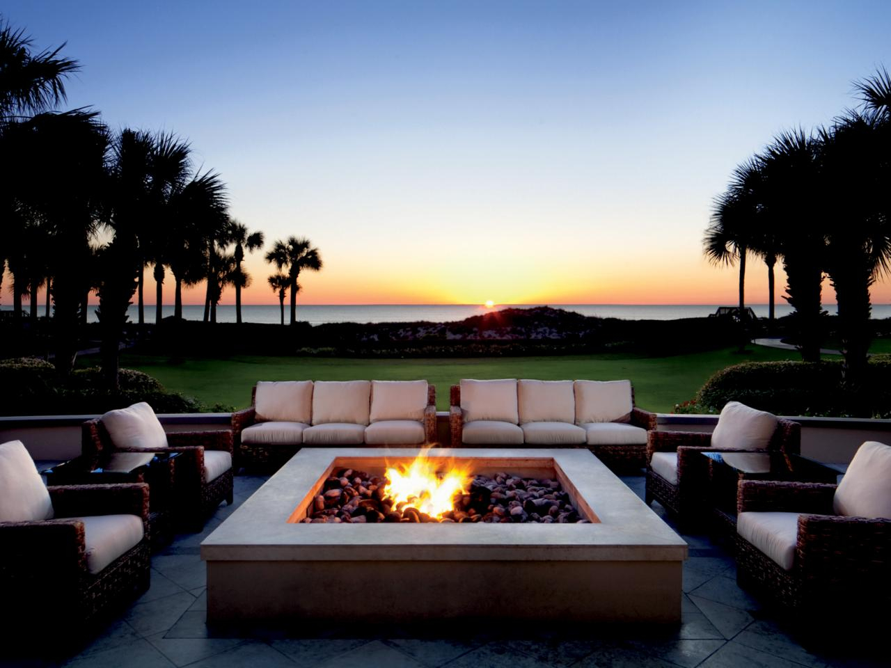Beautiful Luxury Fire Pit 10 Amazing Backyard Fire Pits For Every pertaining to dimensions 1280 X 960