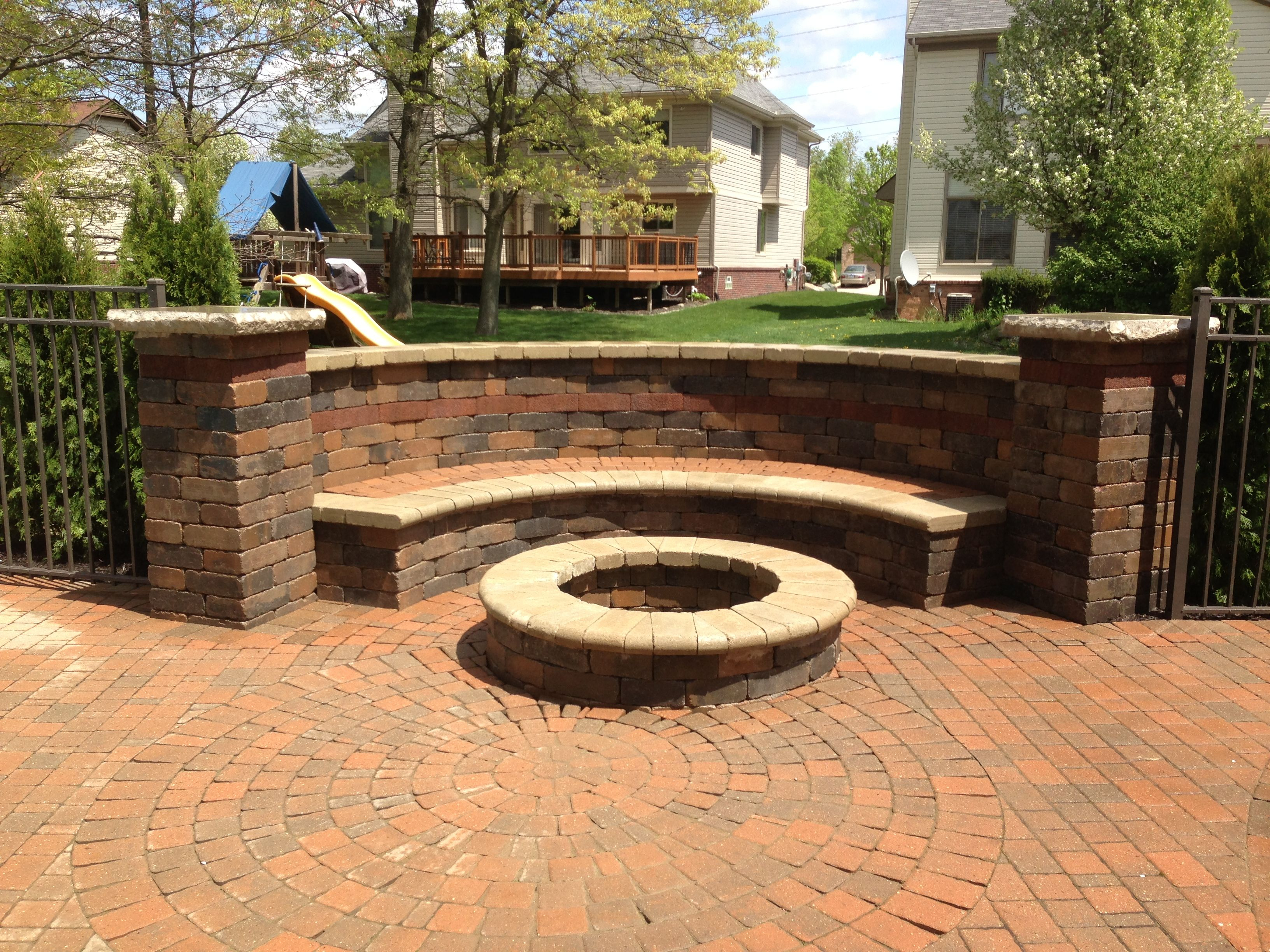 Brick Paver Bench With Fire Pit Beautiful Tumble Retaining Wall with regard to sizing 3264 X 2448
