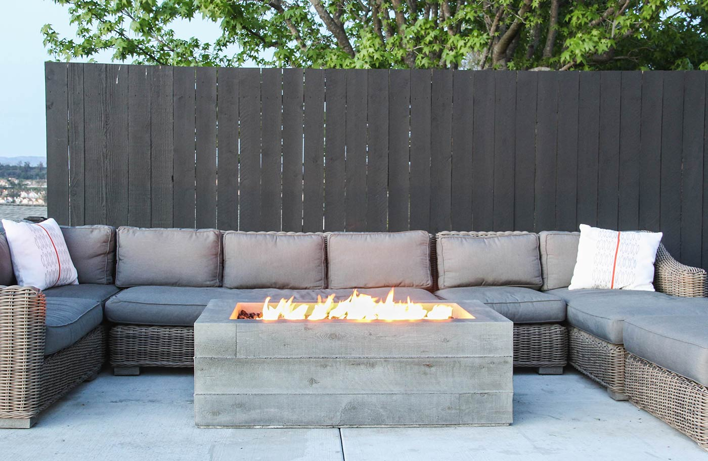 Buckshot Firepit Concrete Wave Design Concrete Countertops with sizing 1400 X 912