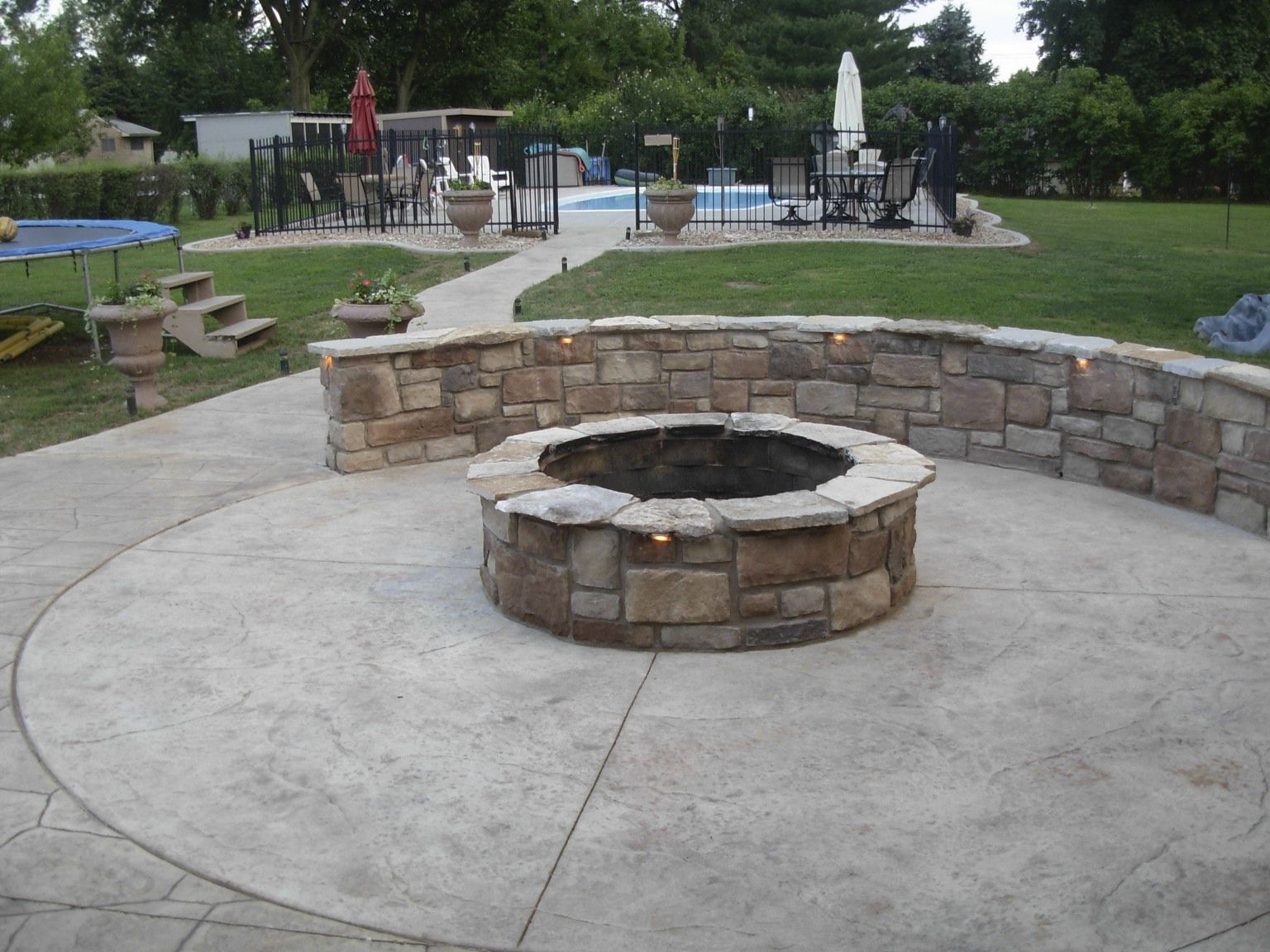 Concrete Patio With Fire Pits Pictures Fire Pit Sitting Wall regarding proportions 1536 X 1152