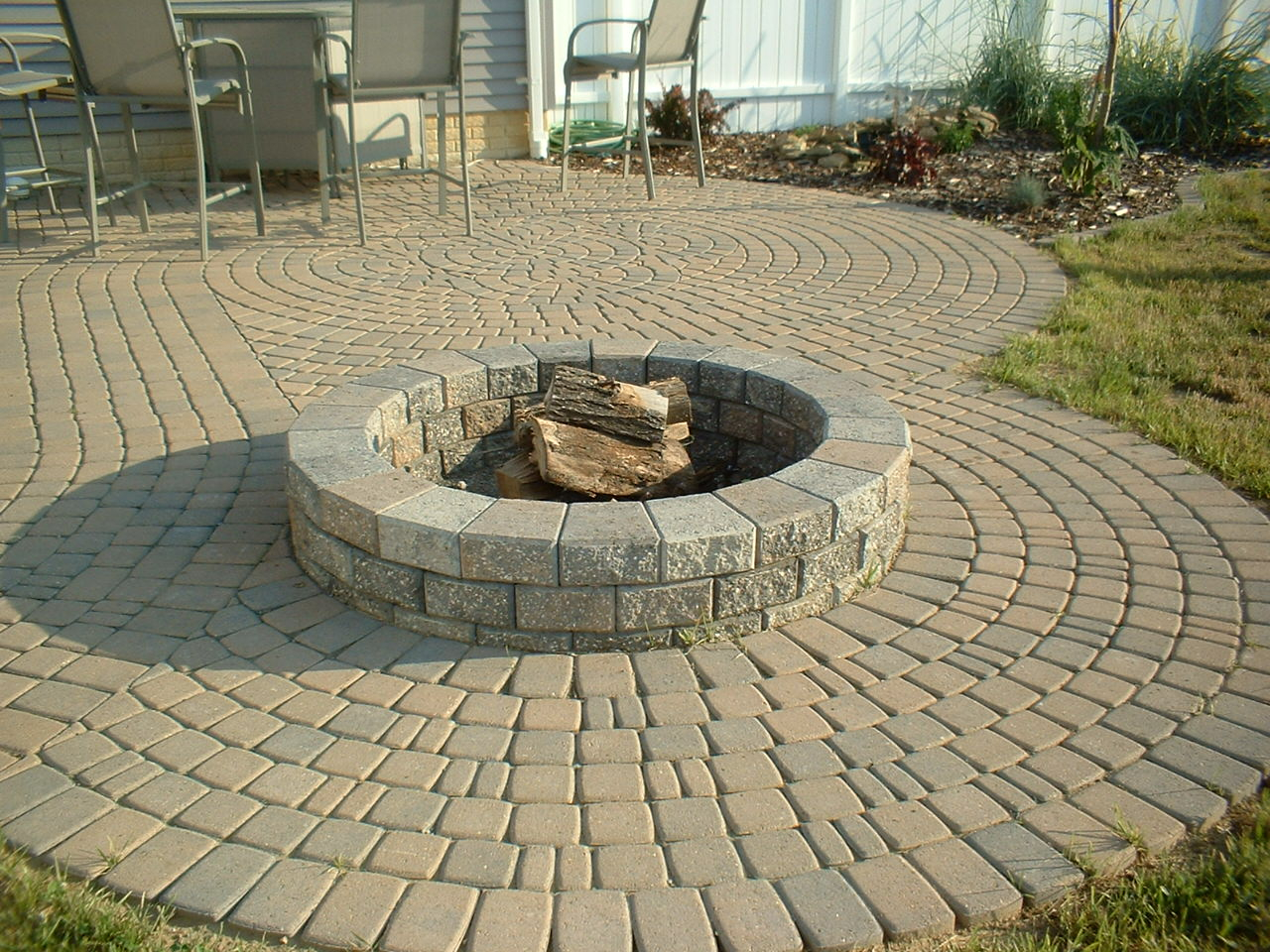 Diy Round Brick Fire Pit Fireplace Design Ideas in size 1280 X 960