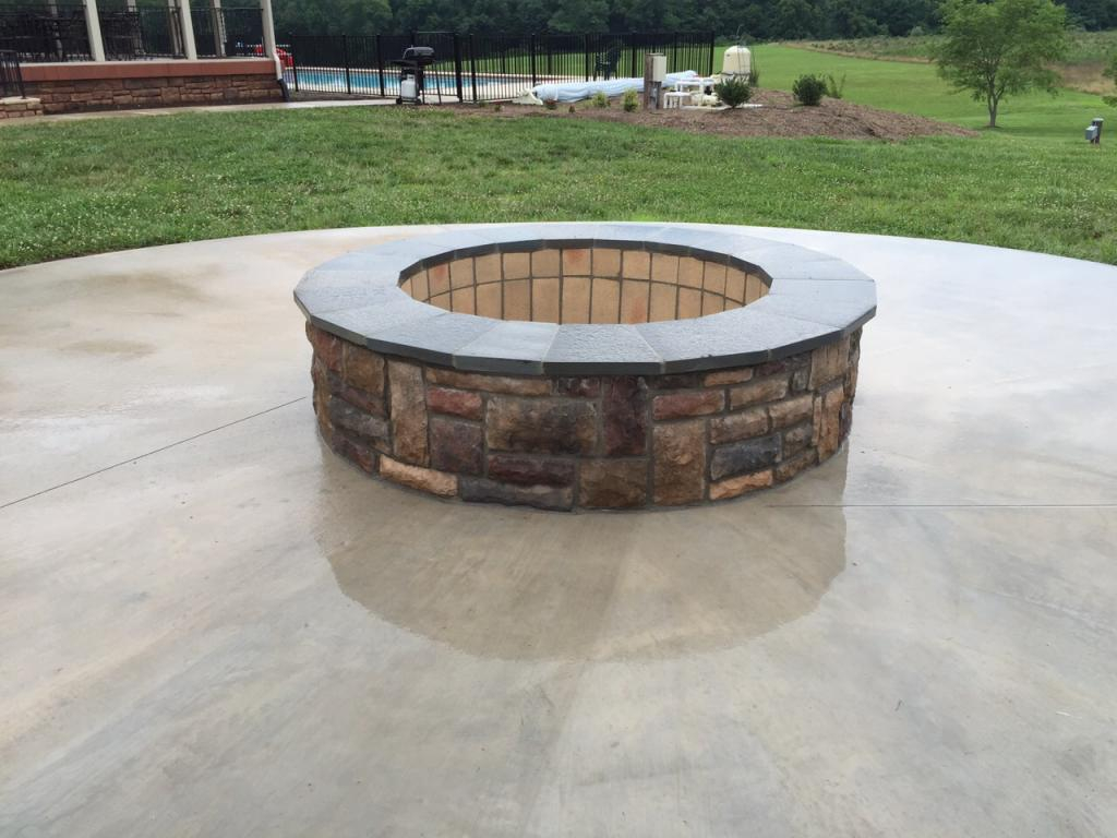 Fire Pits American Exteriors Masonry with regard to sizing 1024 X 768