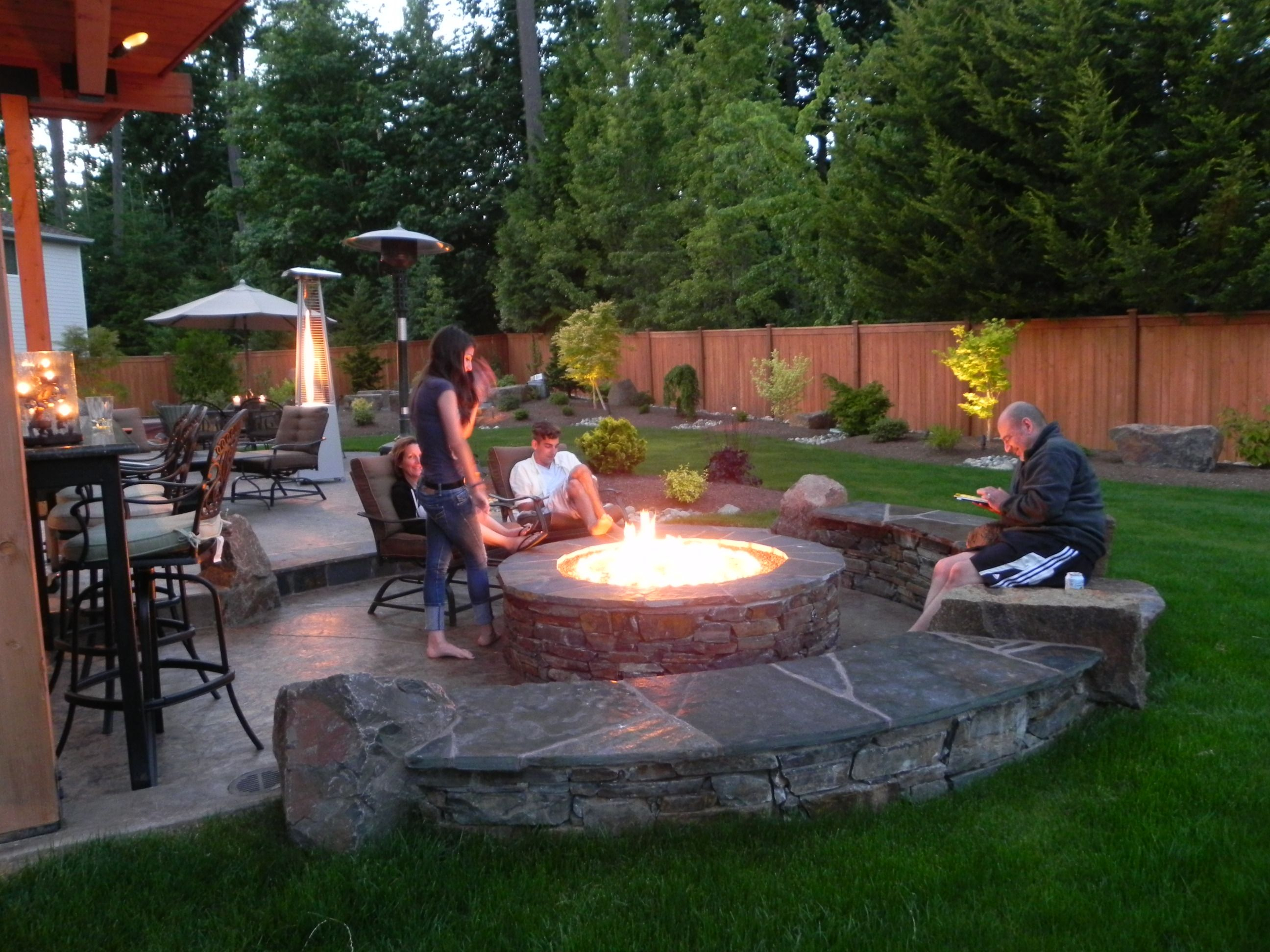 Fireplace Or Fire Pit Backyard Ideas Fire Pit Patio Fire Pit in measurements 2592 X 1944