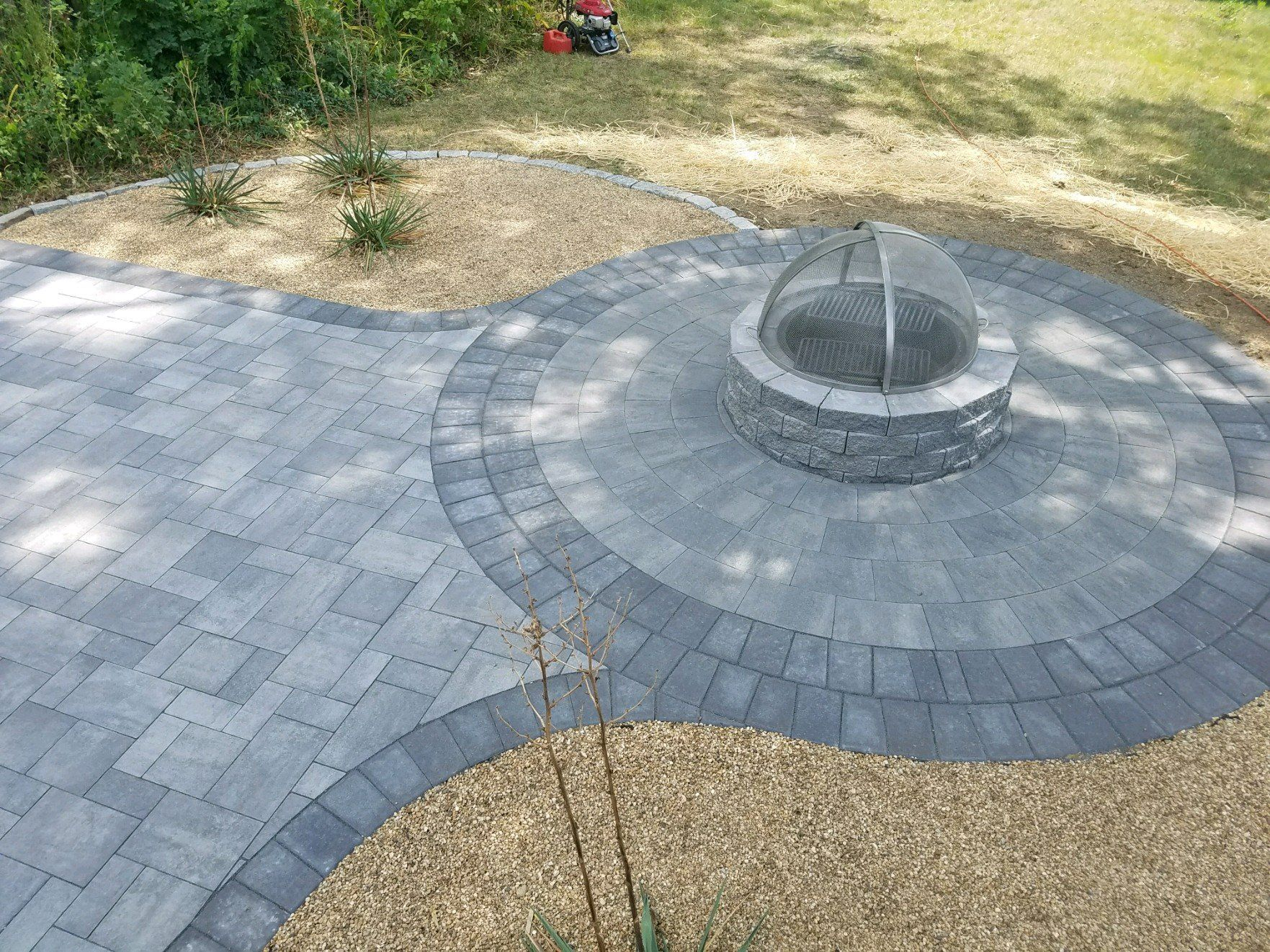 Kg Action Masonry Updated This Outdoor Living Space With Cambridge within size 1763 X 1322