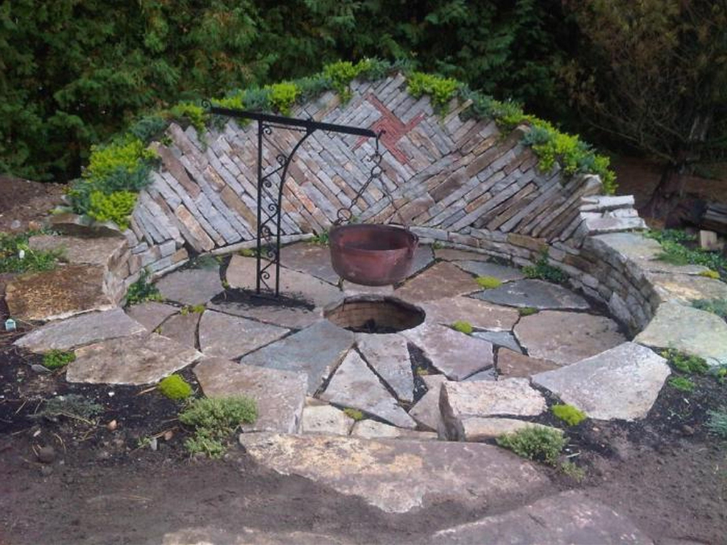 Natural Rock Fire Pit Fireplace Design Ideas with regard to proportions 1024 X 768
