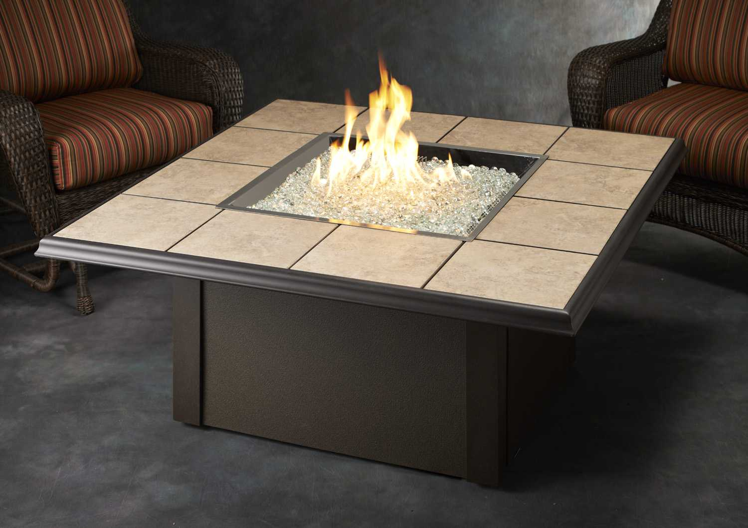 Outdoor Greatroom Napa Valley Aluminum 50 Square Crystal Fire Pit with measurements 1500 X 1059