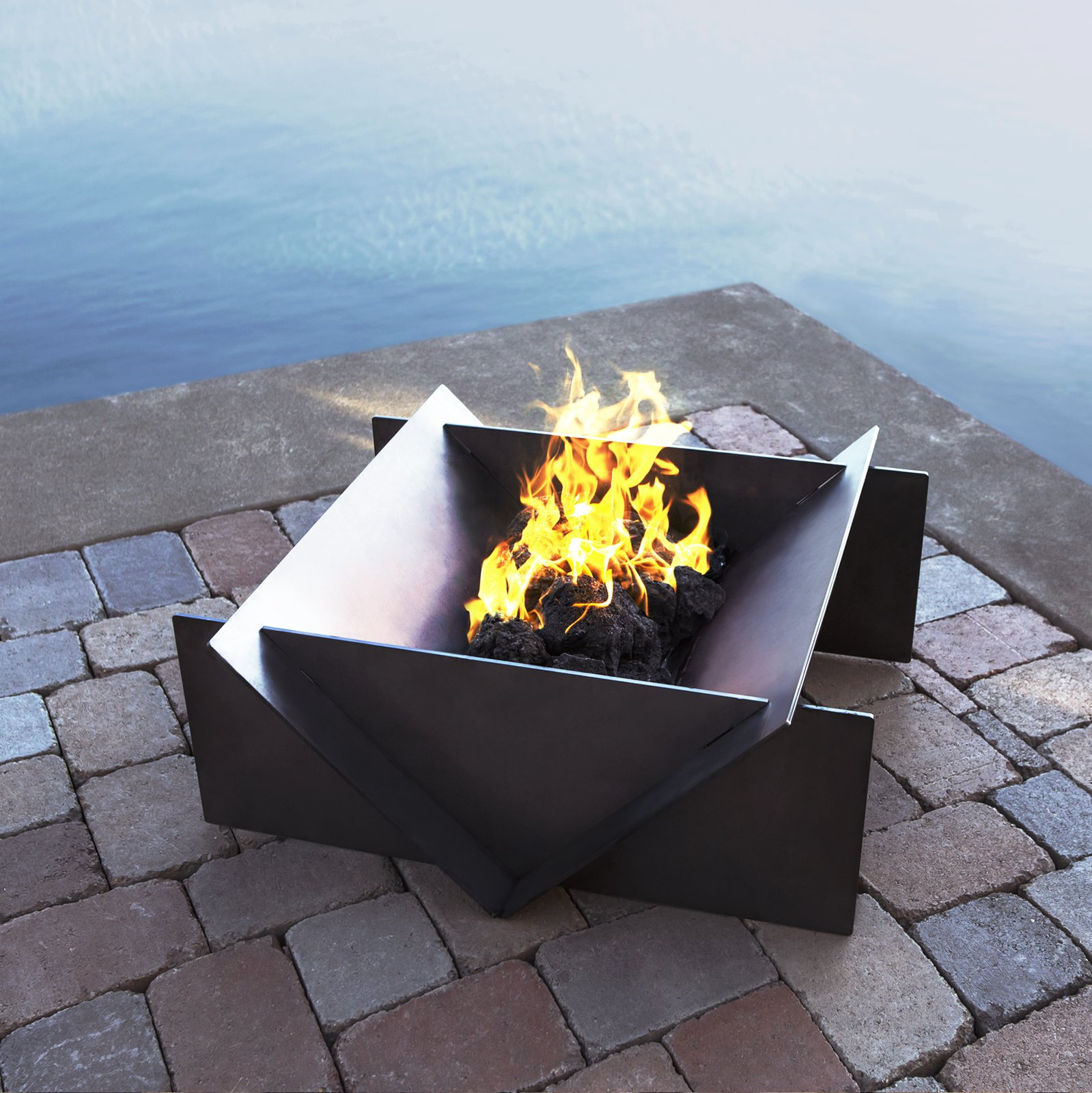 Photo 6 Of 8 In Gather Around These 7 Modern Fire Pit Designs From throughout sizing 1599 X 1600